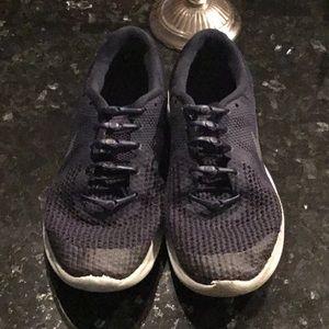 Nike Boys mesh sneakers